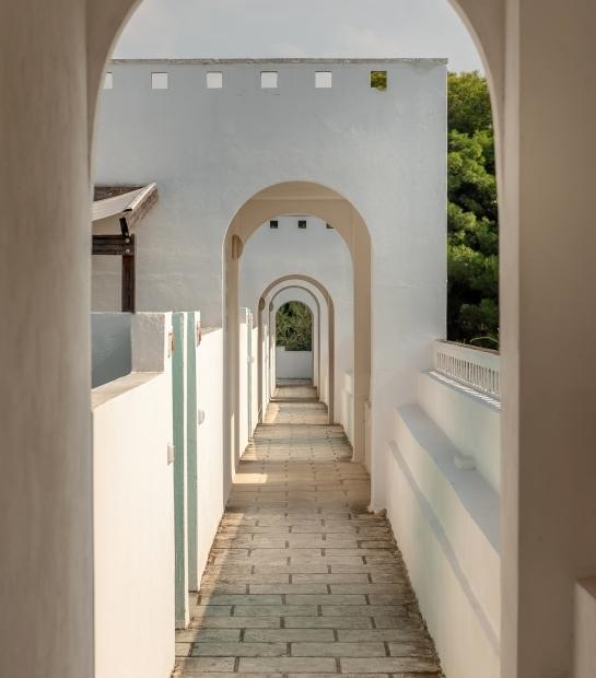 Corridoio all'aperto