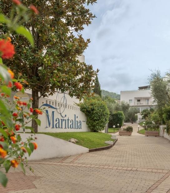 Ingresso all'Hotel Club Village Maritalia