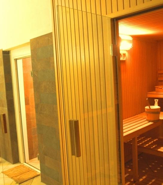 Sauna detossificante al Village Hotel