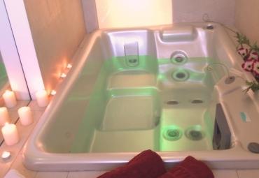 Vasca idromassaggio Jacuzzi nella Suite